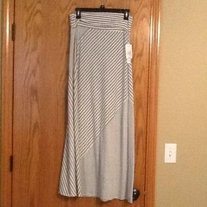 Ladies Maxi Skirt